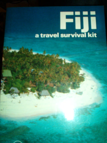 Fiji: A Travel Survival Kit (Lonely Planet Travel Guides) - Rob Kay
